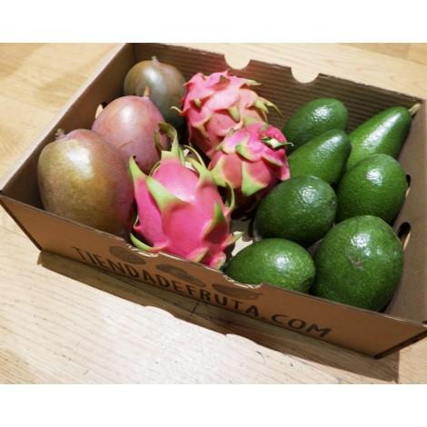 caja de pitaya mango y aguacate